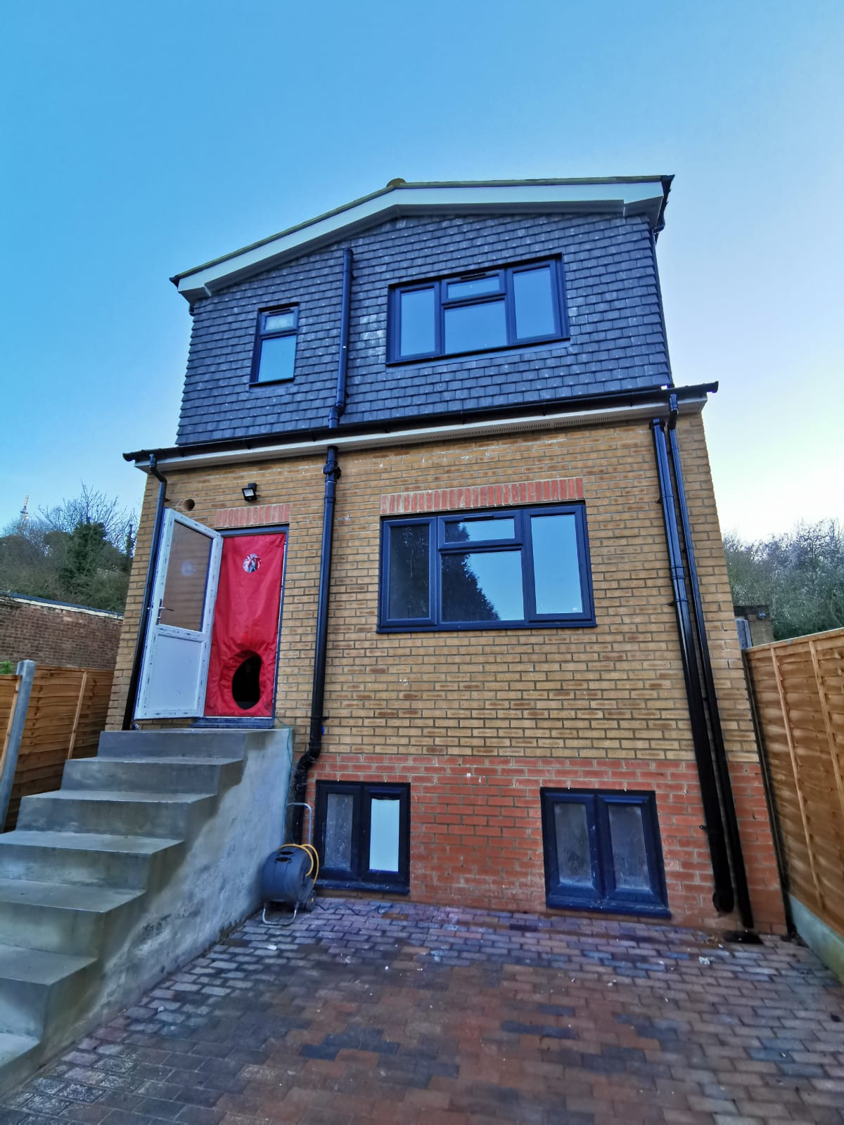 Mulberry Close, Luton, Bedfordshire, LU1